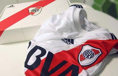 Camiseta titular River Plate 2012 2013