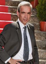 El actor Imanol Arias (en su personaje de Antonio Alcántara en la serie Cuéntame como pasó) protagonizando un sueño