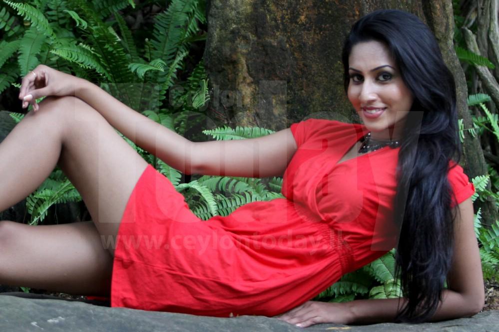 Nilukshi Amanda Silvas New Boyfriend | Gossip Lanka Hot