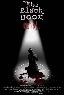 Ver online:La puerta negra (The Black Door) 2001