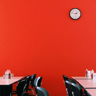 red walls in cafeteria