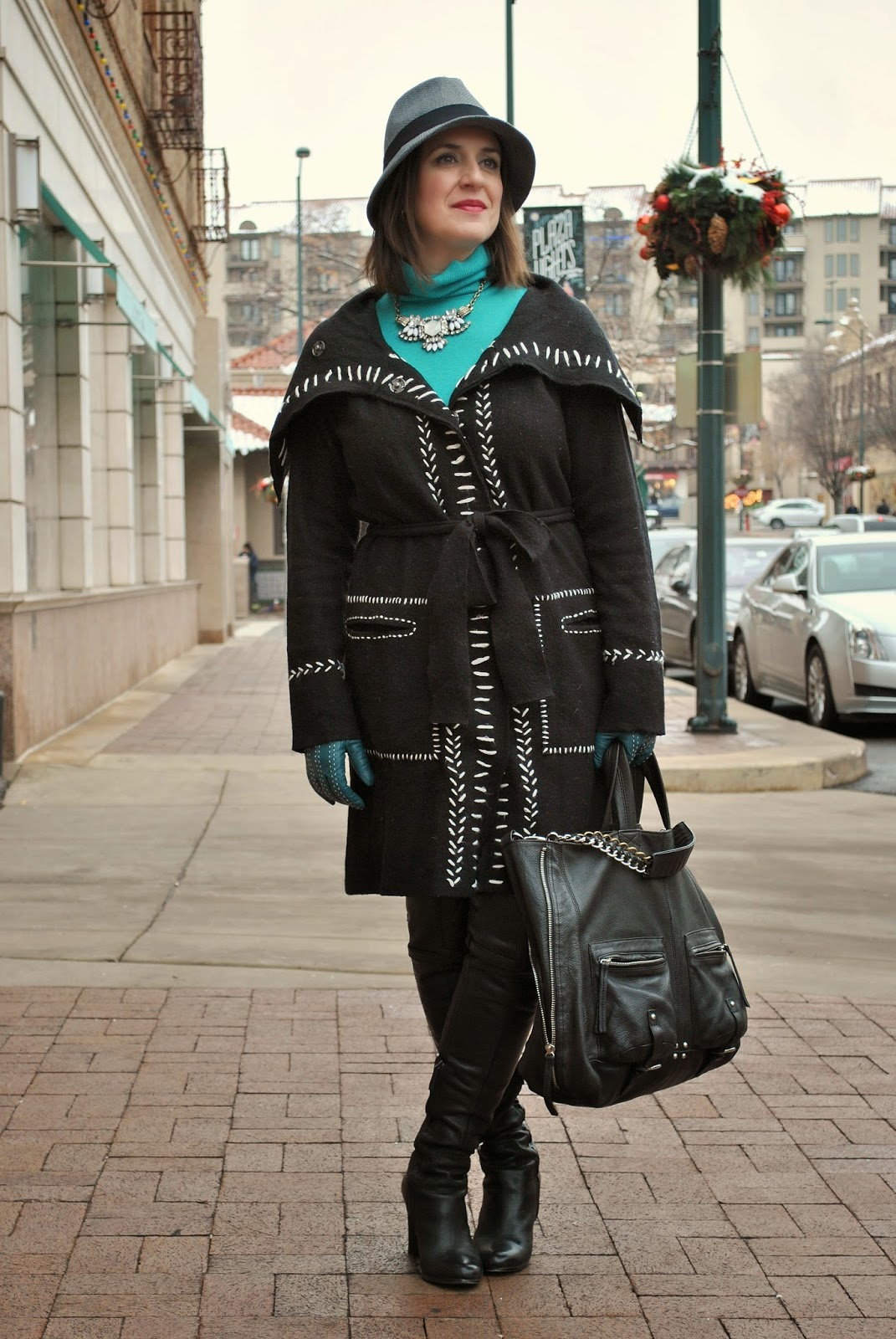 http://akstylemyway.blogspot.com/2014/12/the-coat-alternative.html