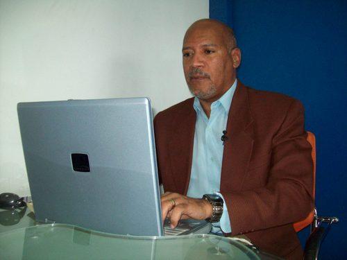 DIRECTOR DE 16MINUTOS.COM