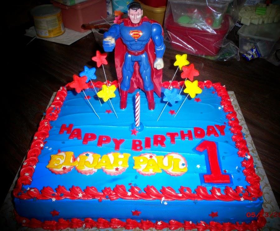 Bánh sinh nhật hình siêu nhân