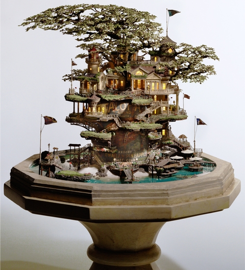 02-Hawaiian-Pineapple-Resort-Japanese-Artist-Takanori-Aiba-Bonsai-www-designstack-co