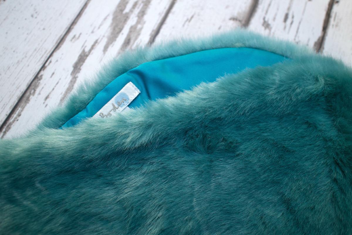 boden faux fur scarf vintage blue