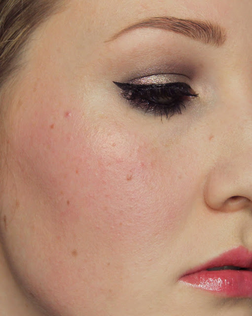 Yves Saint Laurent Babydoll Kiss & Blush #3 Rose Libre Swatches & Review