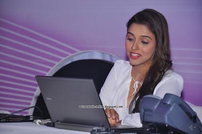 Asin launches Fair & Lovely Expert Express photos