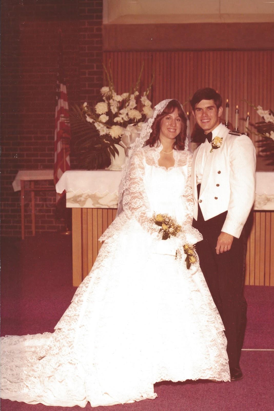 Beautiful brides author beth k vogt rachel hauck for The wedding dress rachel hauck