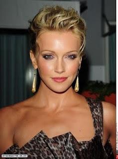 Katie Cassidy Makeup Styles