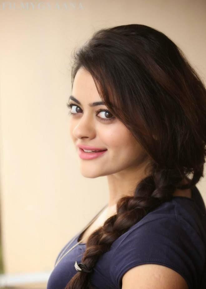 Shruti Sodhi Hot Photo Shoot Photos