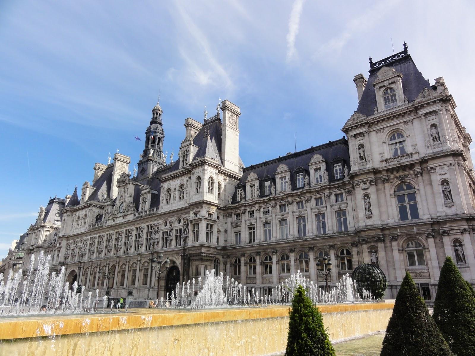 Paris et son histoire for Hotel deville paris