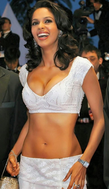 Sexy mallika pics 21