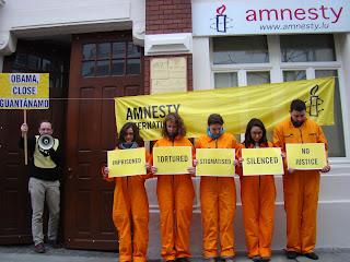 http://amnesty-luxembourg-photos.blogspot.com/2013/01/gautanamo-demo.html