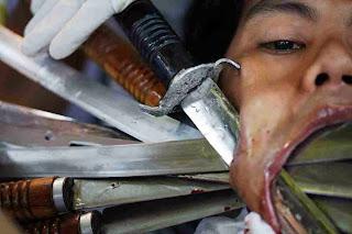 Festival Vegetarian yang Mengerikan di Phuket Thailand