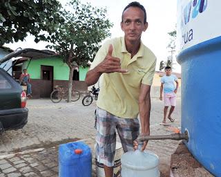 Prefeitura de Cuité instala caixa d' água no Bairro Bela Vista