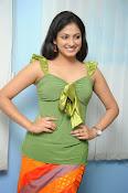 Hari Priya Glamorous Photo shoot gallery-thumbnail-9