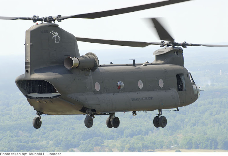 CH-47 Chinook Medium-Lift Helicopter