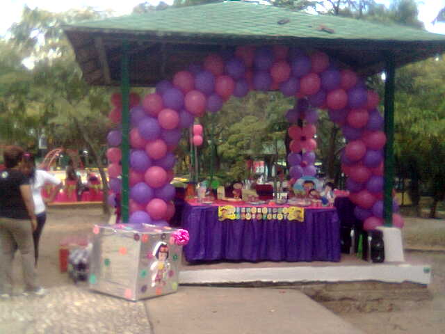 Festejos gg decoracion dora en parque aristides rojas 12 feb for Decoracion parques