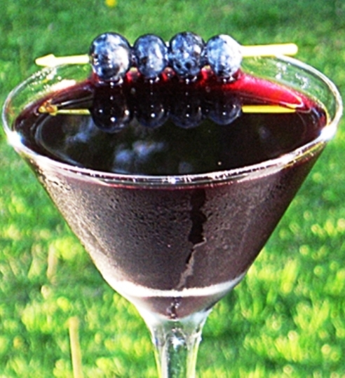 The Bestest Recipes Online: Blueberry Martini