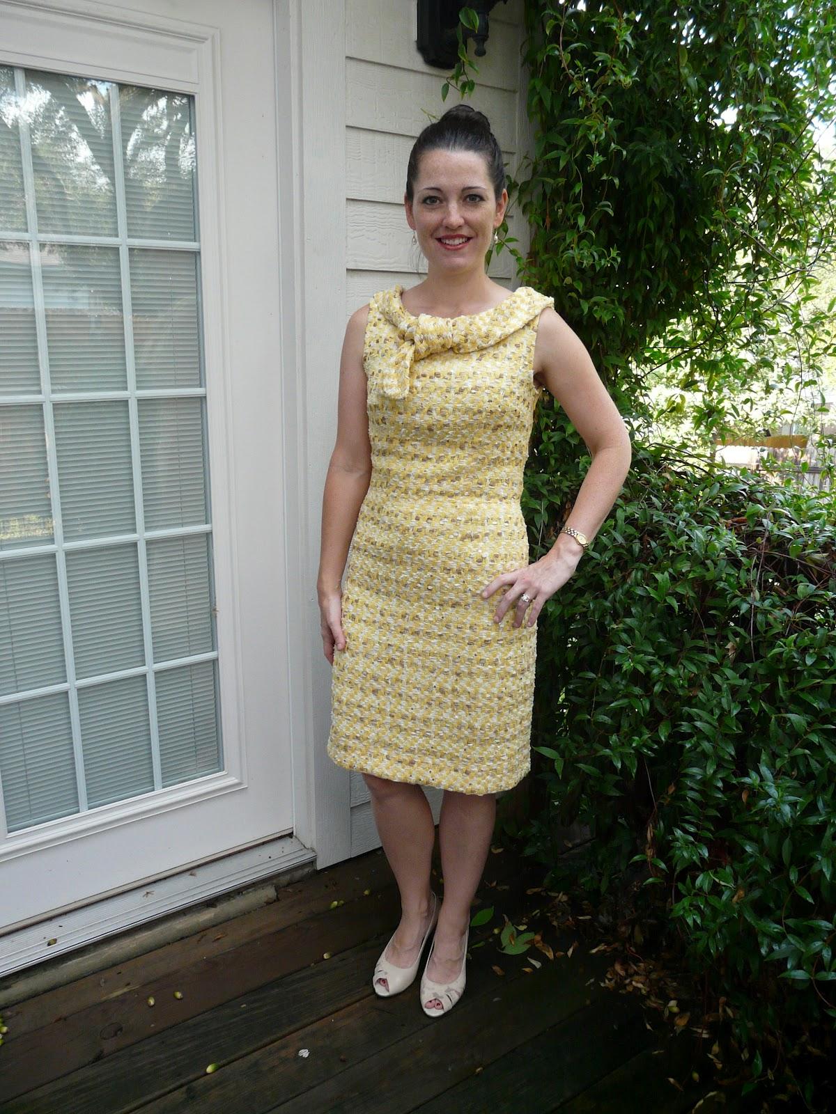 Amanda's Adventures in Sewing: September 2012