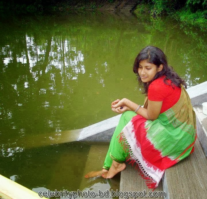 Deshi+girl+real+indianVillage+And+college+girl+Photos104
