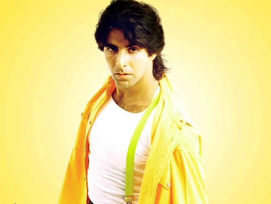 fashion fantasist bollywood actor akshay kumar pictures in hot