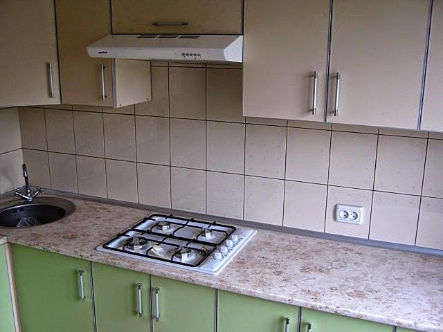 Укладка кафеля на рабочую стенку кухни