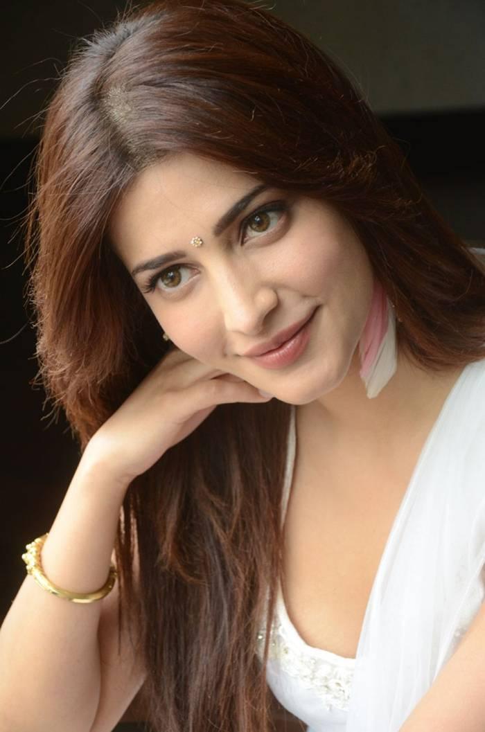 Shruti Hassan in White Salwar Suit Indoor Photoshoot