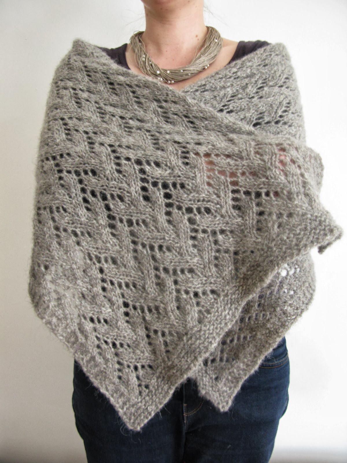 littletheorem: Felted Lace Wrap Pattern
