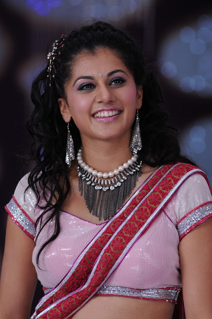 Tapsee in Pink Saree Stills