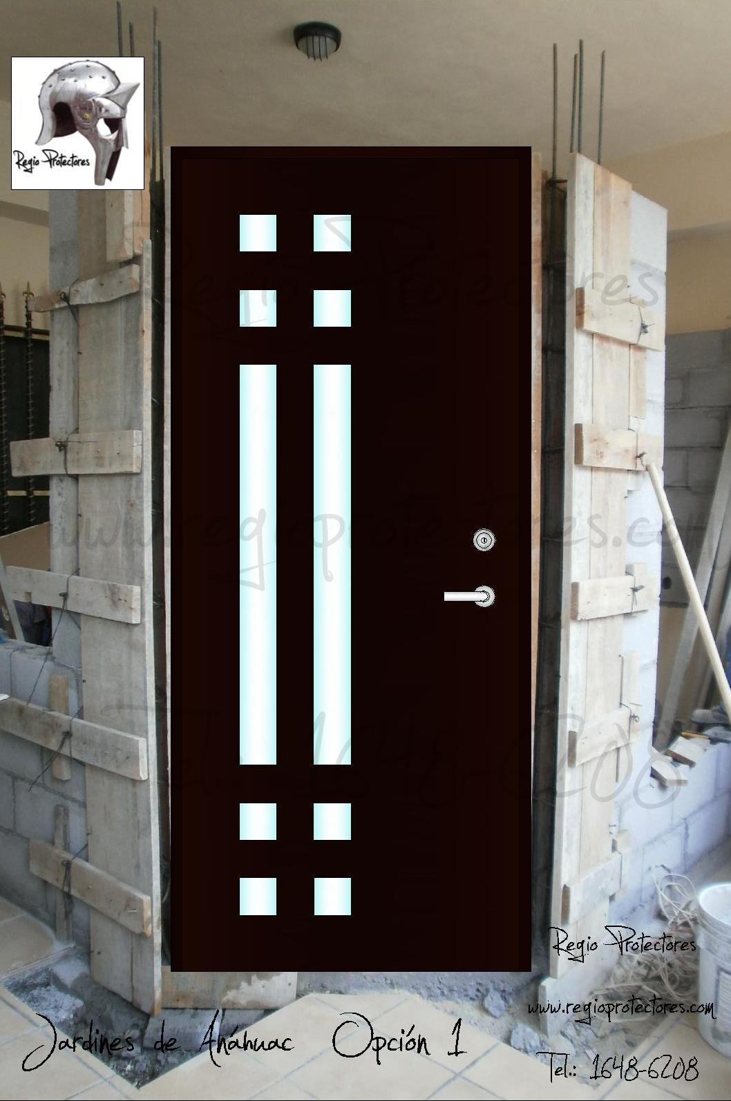 Regio protectores puerta principal contempor nea fracc for Puertas de ingreso principal modernas