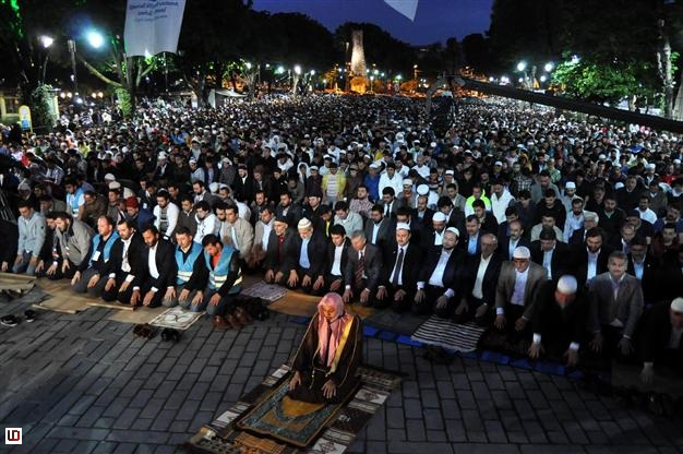 Jama'ah Sholat di Turki