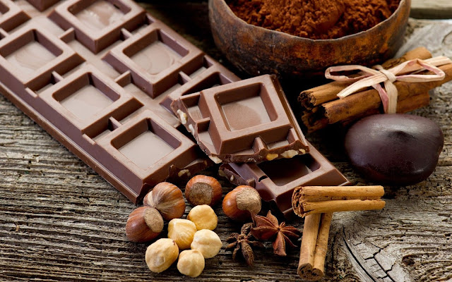 Happy Chocolate Day SMS Messages Quotes Wishes Greetings Sayings for whatsapp