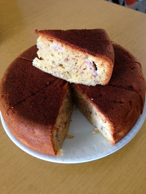 On 27 Nov 2013 Littlehevn Sent Me A Picture Of Her Lovely Banana Cake Made In Her Hanabishi Rice Cooker With The Message I Used One Of Those
