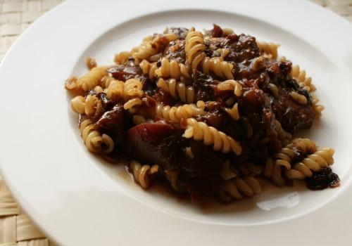 Polędwiczka wieprzowa sos śliwkowy
