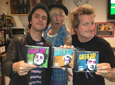 ¡Uno!, ¡Dos!, ¡Tre! cover art green day album