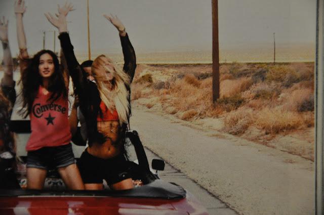 amicizia,le gille,migliori amiche,bionda e mora,due ragazze,amiche,divertimento