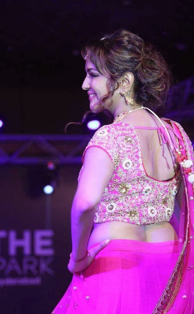 Manchu Lakshmi's Back Blouse Design