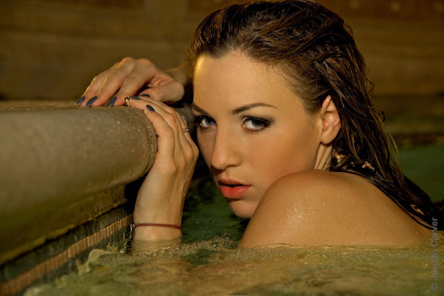 Jordan Carver Biography and Photos