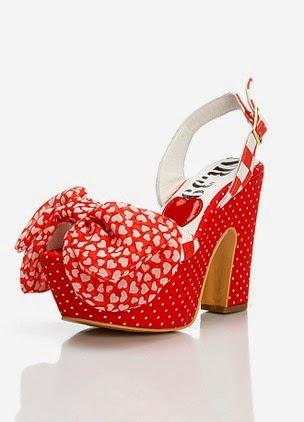 puantiyeli sandalet
