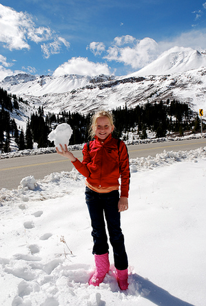 how to keep kids active in winter
