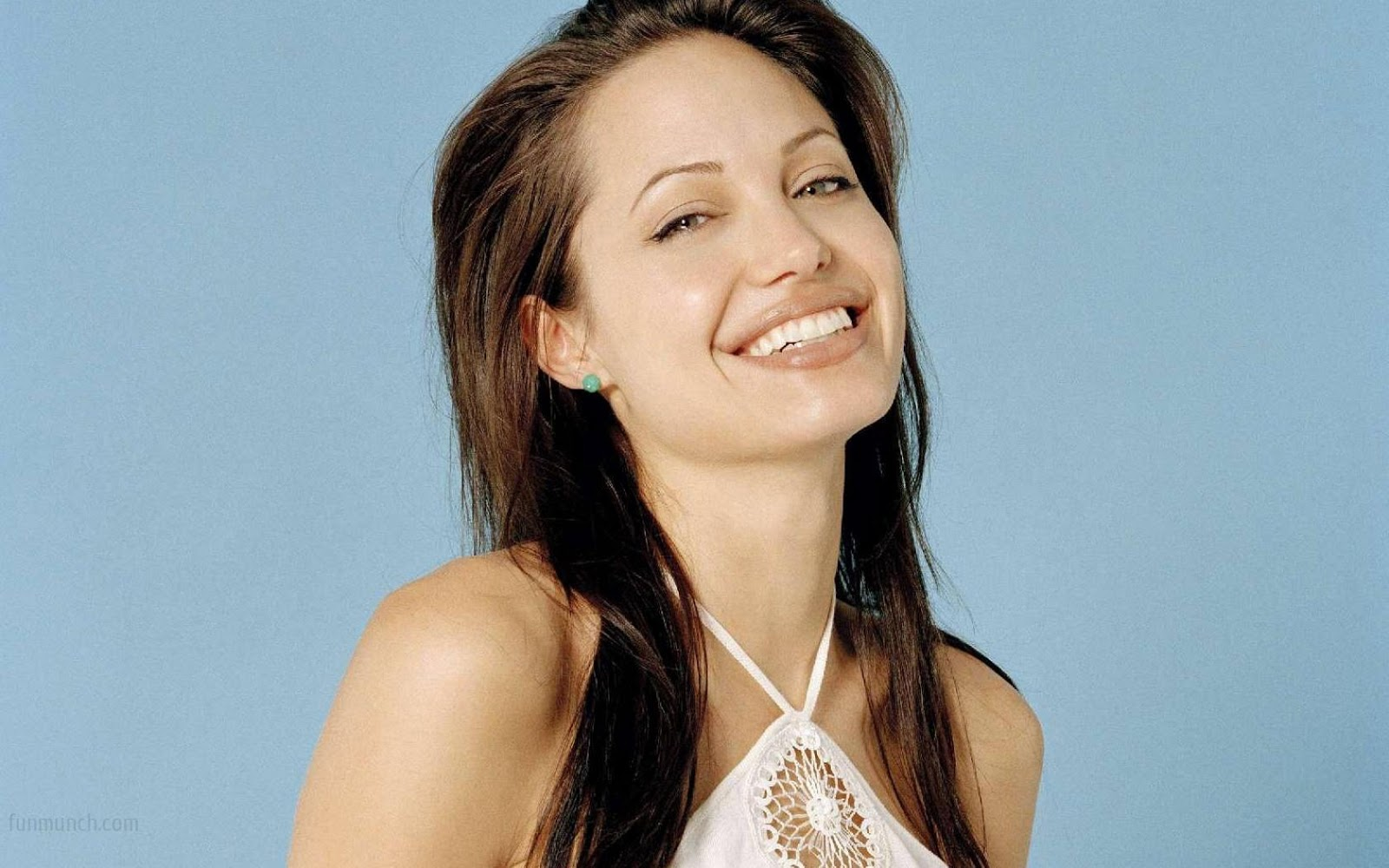 angelina jolie hd wallpapers most beautiful free wallpapers
