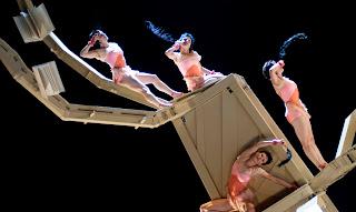 Tatyana_espetáculo da Cia. de Dança Deborah Colker_http://bangalocult.blogspot.com