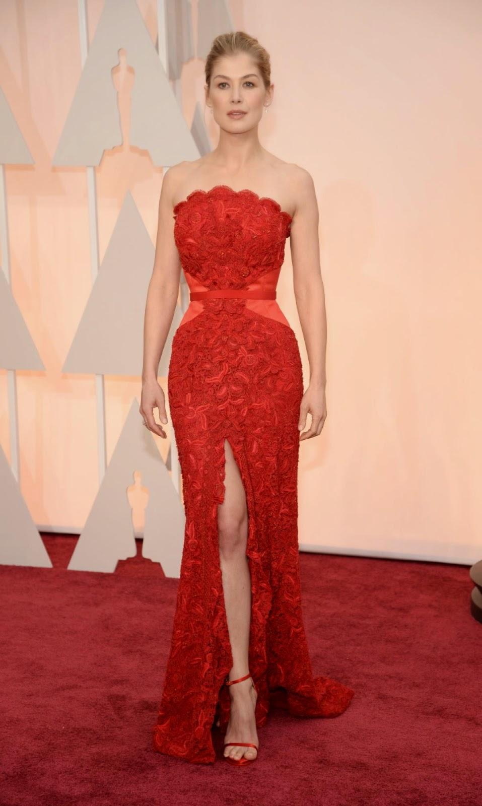 Fashion Show Dress Drop Hot Her dress was jaw dropping