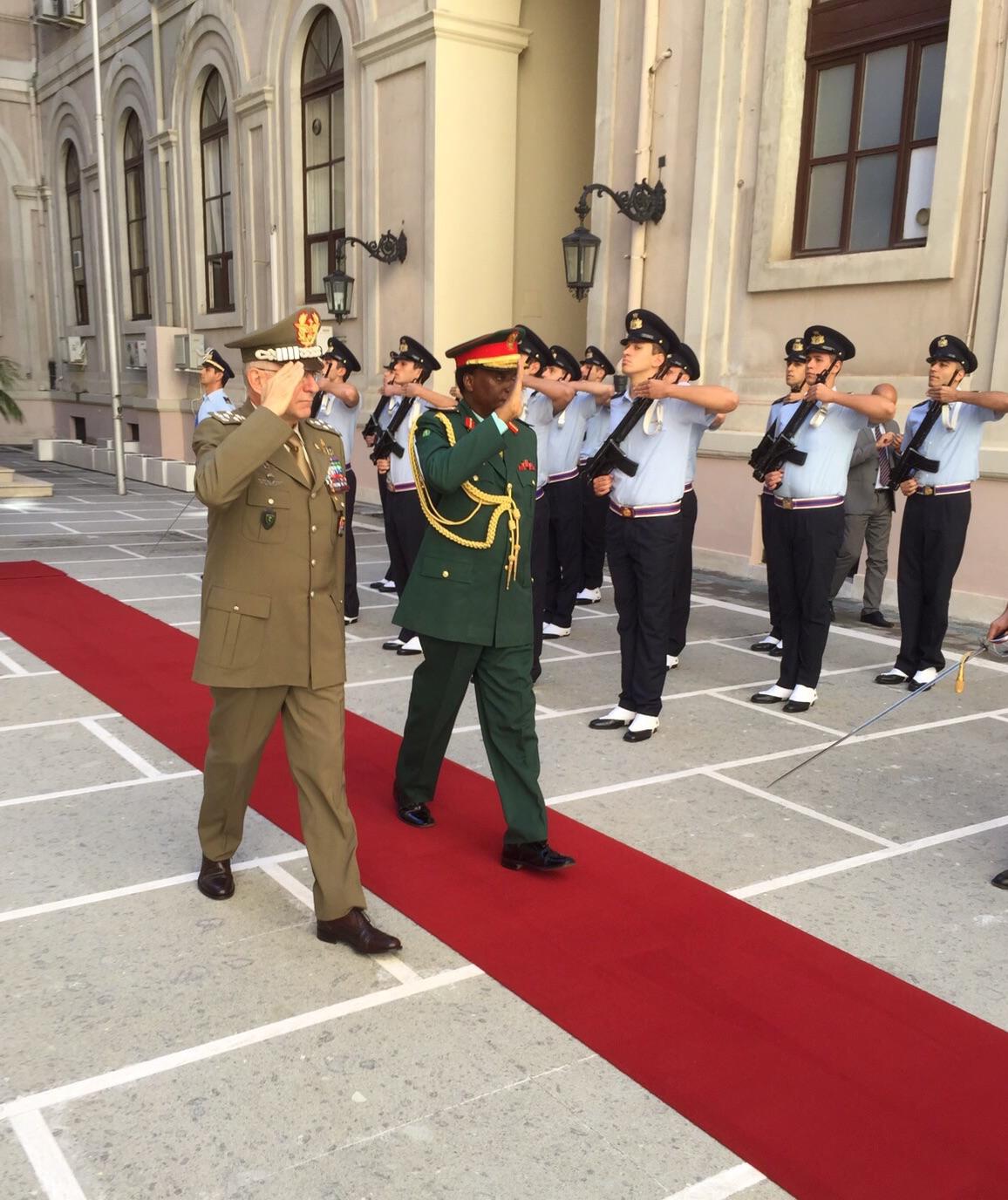 Jenerali Mwamunyange Italia