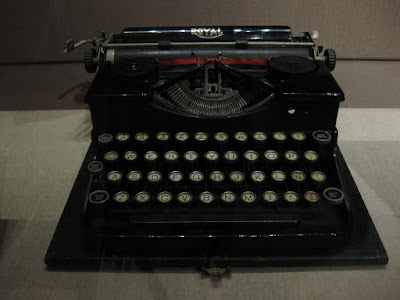 Typewriter of e. e. cummings at NYPL, photo by Chris Wolack, WildmooBooks