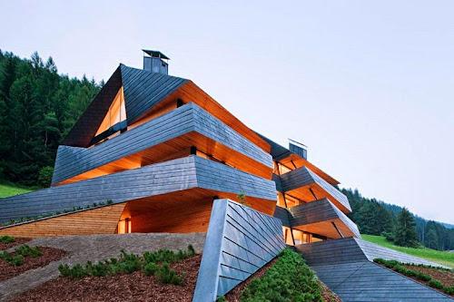 Dolomitenblick House by Plasma Studio