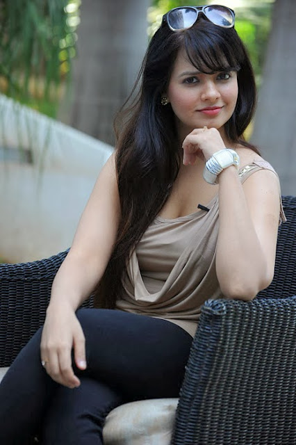 Saloni Latest Photoshoot