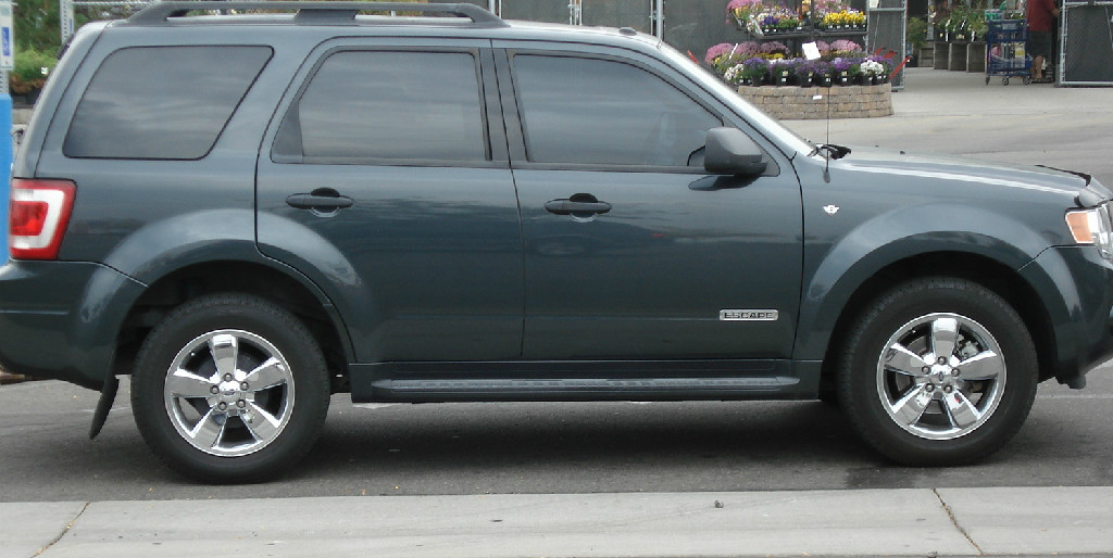 2011 ford escape bank repo 13 800 classic cars tires and auto parts. Black Bedroom Furniture Sets. Home Design Ideas
